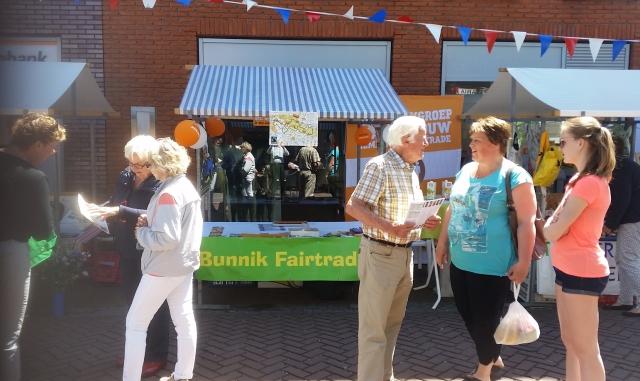 Fairtrade fietsroutes op Bunnik Fair - foto